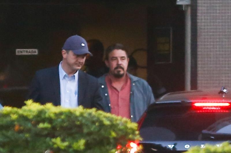 Joesley Batista deixa a Polícia Federal após prestar depoimento