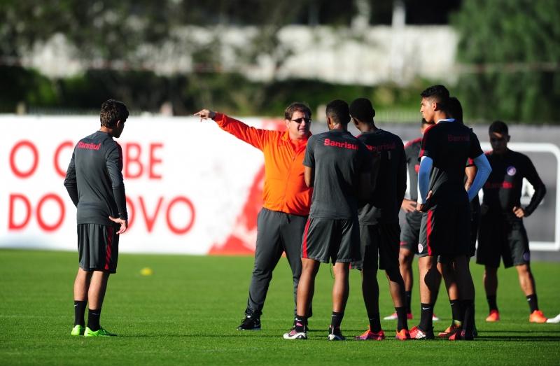 Guto Ferreira não deu indicação de time para o duelo com o Xavante