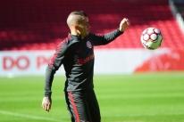 DAlessandro volta aos treinos e poderá ser novidade do Inter contra Figueirense