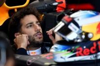 Na mira de Ferrari e Mercedes, Ricciardo diz que definirá futuro em até 6 semanas