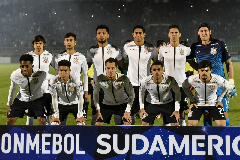 Brazilian Corinthians team members pose before the start of their Copa Sudamericana football match against Colombian Patriotas at La Independencia stadium in Tunja, Boyaca department, Colombia on June 28, 2017.