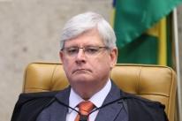 Janot avalia juntar 2 crimes em denúncia contra Temer