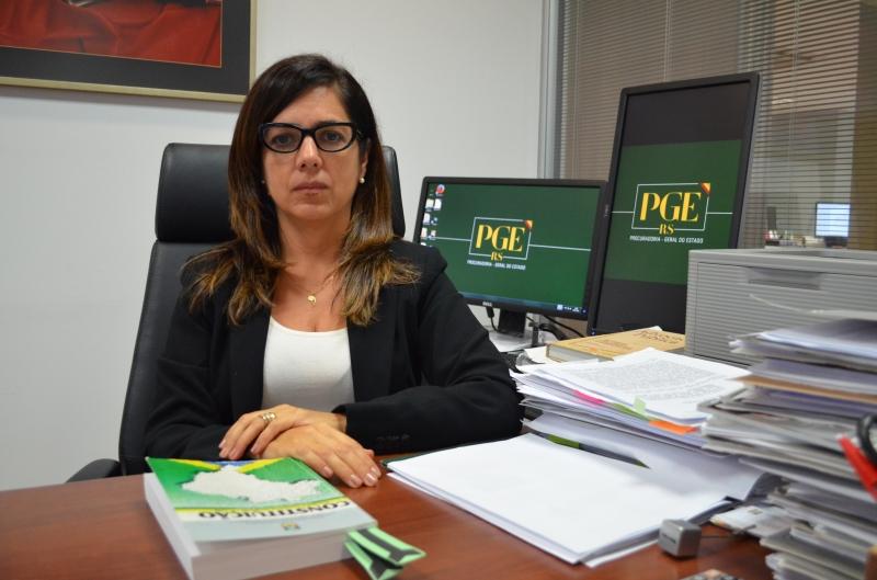 Ana Cristina diz que o órgão tem cerca de 100 mil processos eletrônicos
