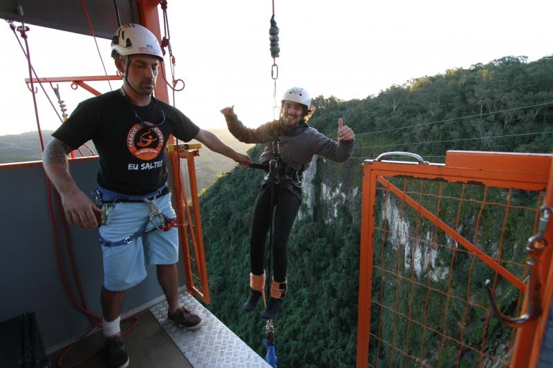 Fabiano ressalta os métodos de segurança antes do salto