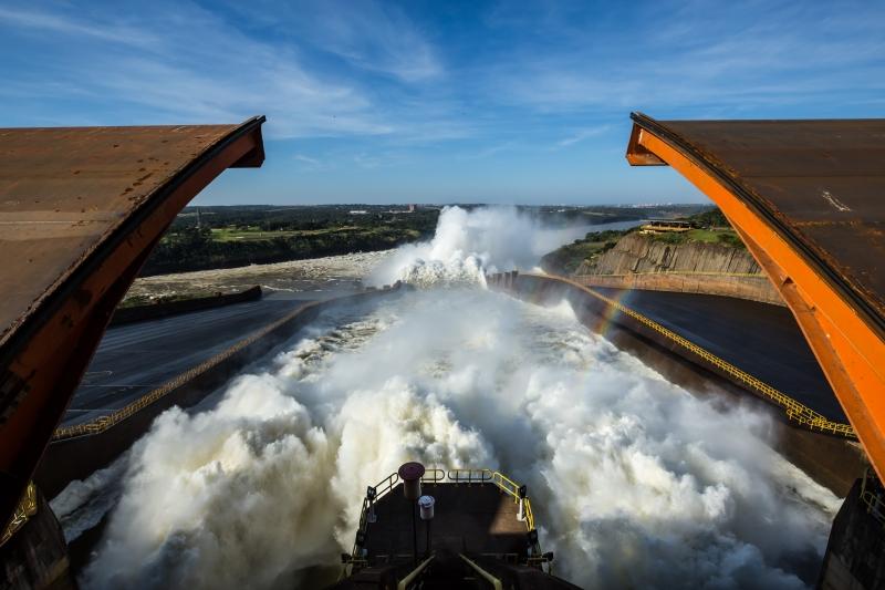 Segundo informações da Itaipu Binacional, no período o desperdício de água foi irrisório