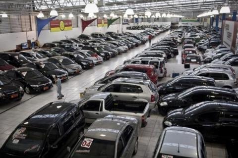 Venda de veículos novos cresce 10,2% em janeiro, revela Fenabrave