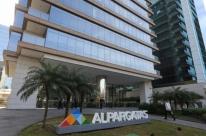 J&F confirma venda da Alpargatas por R$ 3,5 bilhões