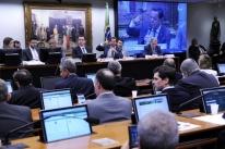 Comissão da Câmara rejeita abertura de investigação contra Temer
