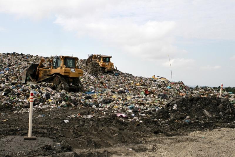 Novo marco do saneamento prevê erradicação dos lixões em todo o País
