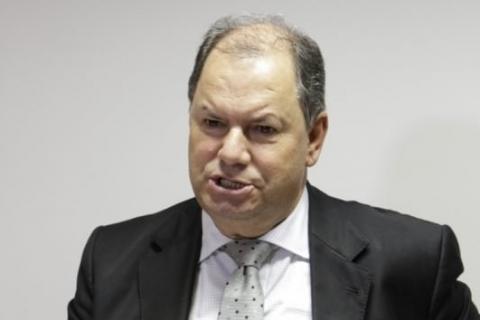 Atual governador é candidato natural do partido, diz Alceu Moreira
