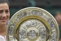 Muguruza vence Venus Williams e é campeã de Wimbledon