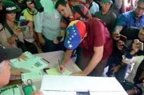 PT e PC do B assinam apoio a regime de Nicolás Maduro