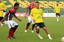 Ypiranga perde para o Joinville e sai da zona de classificação aos playoffs