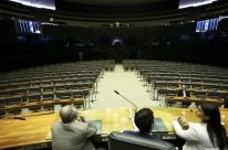 Aliados admitem que deve haver traição no plenário