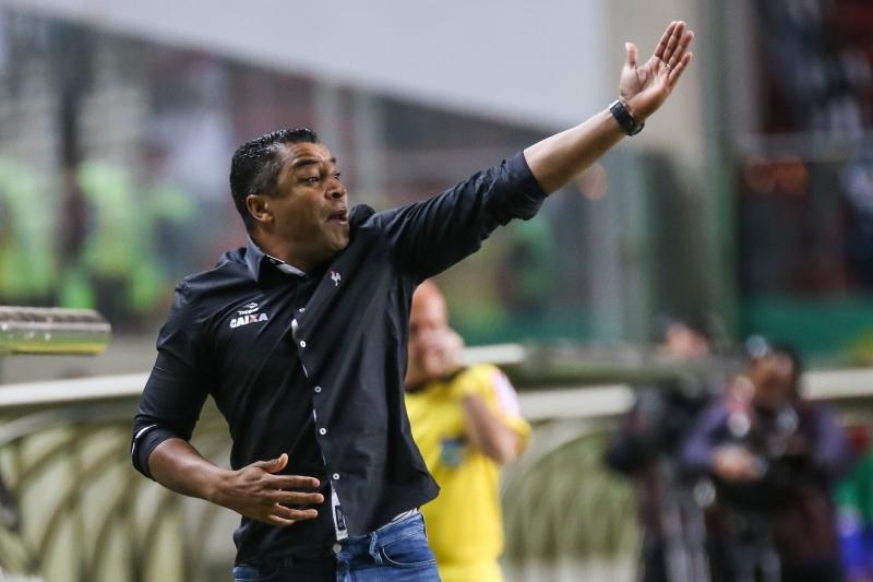 Roger foi jogador, fez carreira e foi técnico do Grêmio