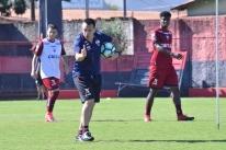 Doriva é demitido pelo Atlético-GO e se torna 4º técnico a cair na 15ª rodada