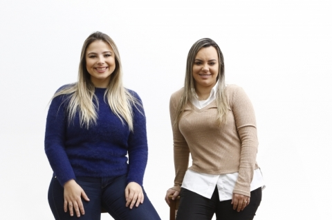 Visita de Ana Paula Zandoná e Fernanda Albuquerque sobre escola de empreendedorismo.
