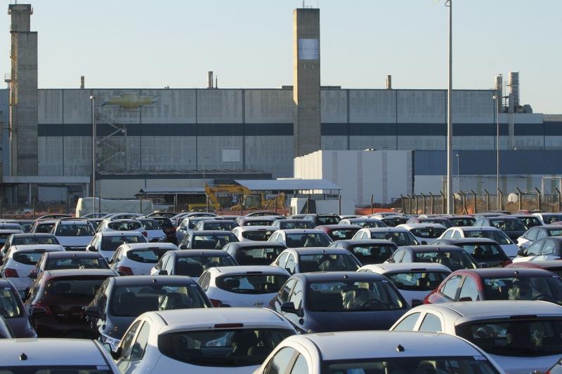 Modelo Onix, produzido na fábrica da GM em Gravataí, lidera vendas na sua categoria
