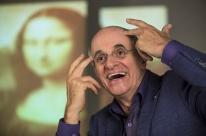 Marcos Caruso estrela a peça O escândalo no Theatro São Pedro