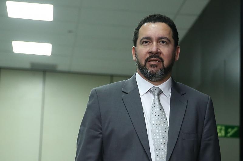 Falta de projeto de lei no Congresso não será entrave, afirma Oliveira