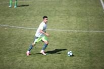 Alan Ruschel participa de jogo-treino da Chapecoense e retorno fica mais próximo