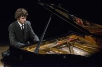 Jovem prodígio em recital de piano