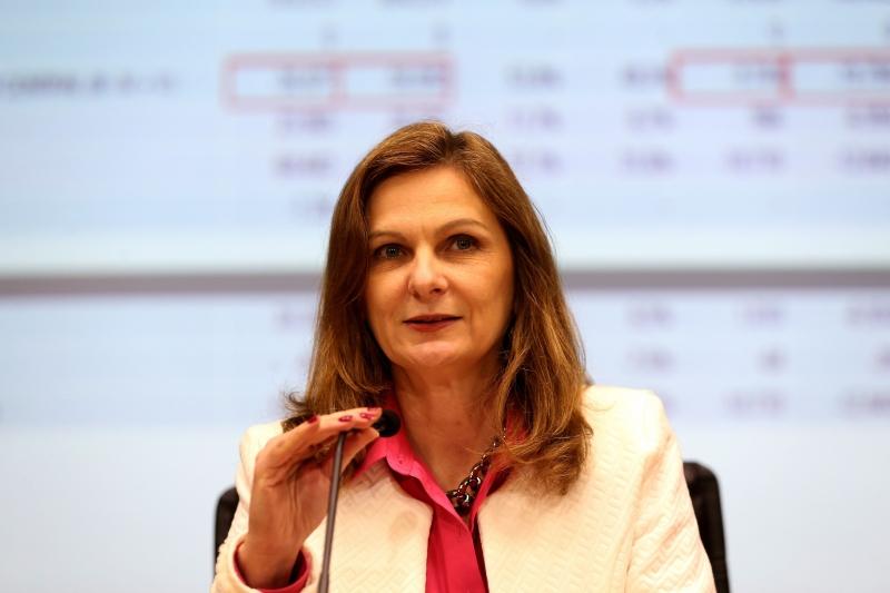Ana Paula retificou declaração sobre suspensão de aumento a servidores