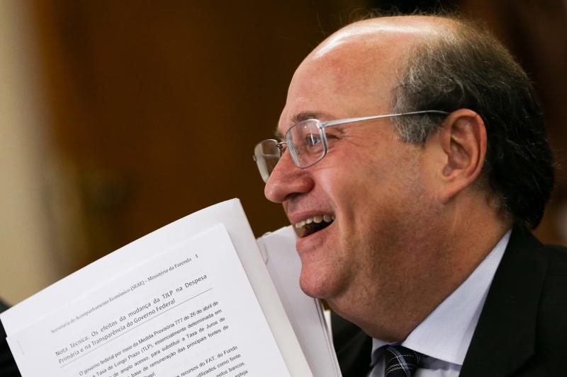 Governo Federal descumpre meta da inflação com IPCA de 2,95%