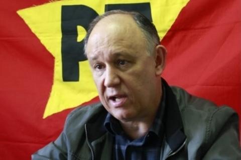 Ex-ministro é 'incompatível'  com esquerda, diz nota de Pepe