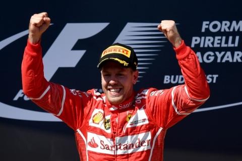 Com dobradinha da Ferrari, Vettel vence na Hungria e abre vantagem; Hamilton é 4º