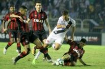 Atlético-PR vence Vasco em Volta Redonda, encerra jejum e deixa zona da degola