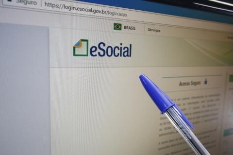 Comitê Gestor do eSocial confirma mudança no prazo de envio de eventos