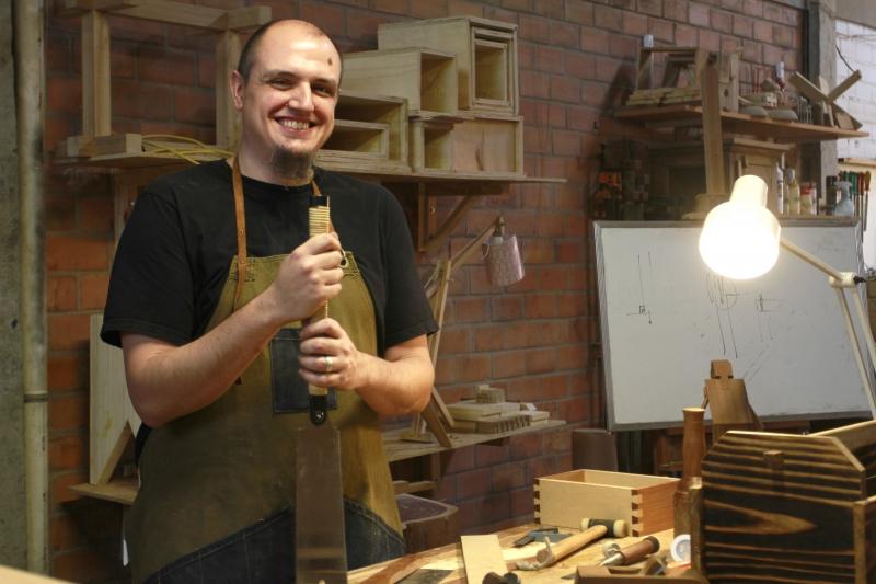 Gibran Bisio dá suas aulas no espaço Fabrique, em Porto Alegre
