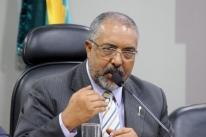 Senador Paulo Paim protocola projeto que revoga reforma trabalhista