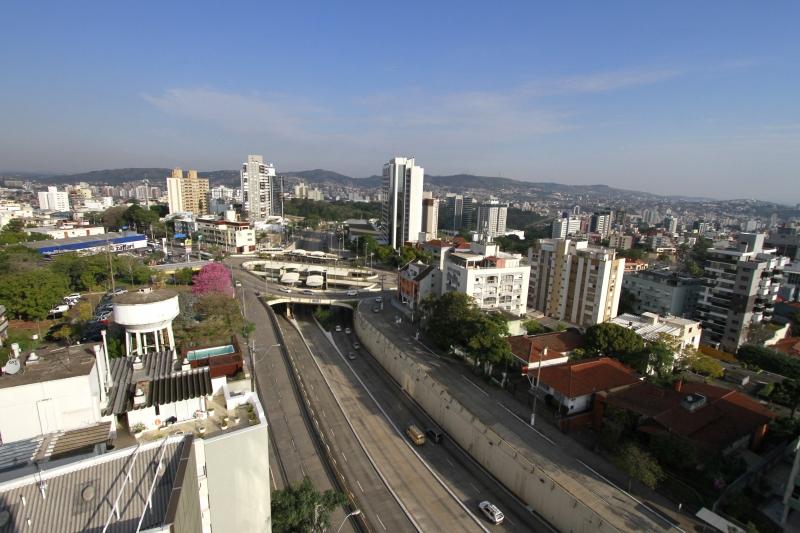 Prefeitura colocará em debate neste ano proposta de mudança na lei que rege diretrizes do desenvolvimento de Porto Alegre e tamanho dos prédios