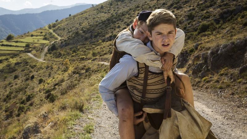 Produção retrata a vida de dois jovens irmãos na guerra
