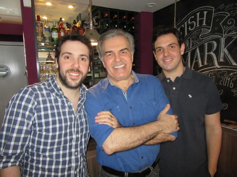 Renato Bonfiglioli Muoio, José Carlos Muoio e Bruno Bonfiglioli Muoio no restaurante Le Fish, nos Jardins, em São Paulo