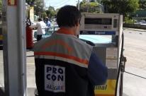 Procon da Capital fiscaliza postos após nova suspensão de aumento nos combustíveis