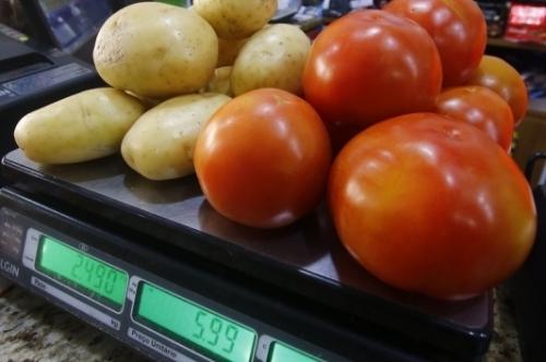 Custo da cesta básica tem queda de 1,81 % em julho, aponta Dieese