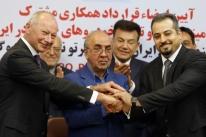 Irã assina maior acordo no setor automotivo com a francesa Renault