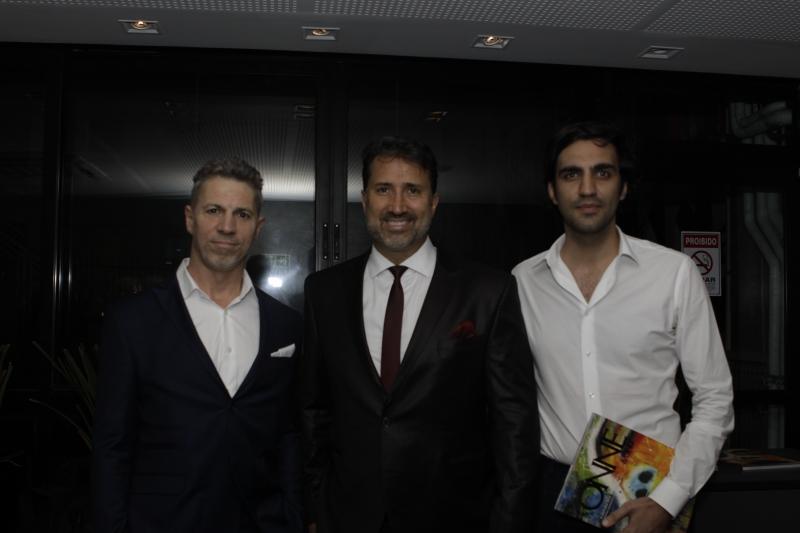 João de Lucena, Marcelo Tovo e Maurício Placeres no lançamento da revista OnneENTITY_amp_ENTITYOnly, no Eleven