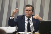 Ministro dos Transportes volta a descartar privatização da Infraero
