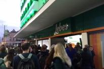 Nova loja da Lebes registra grande movimento no primeiro dia de funcionamento no Centro de Porto Alegre