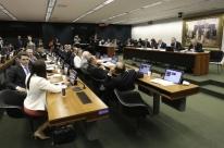 Comissão da Câmara aprova relatório sobre reforma política