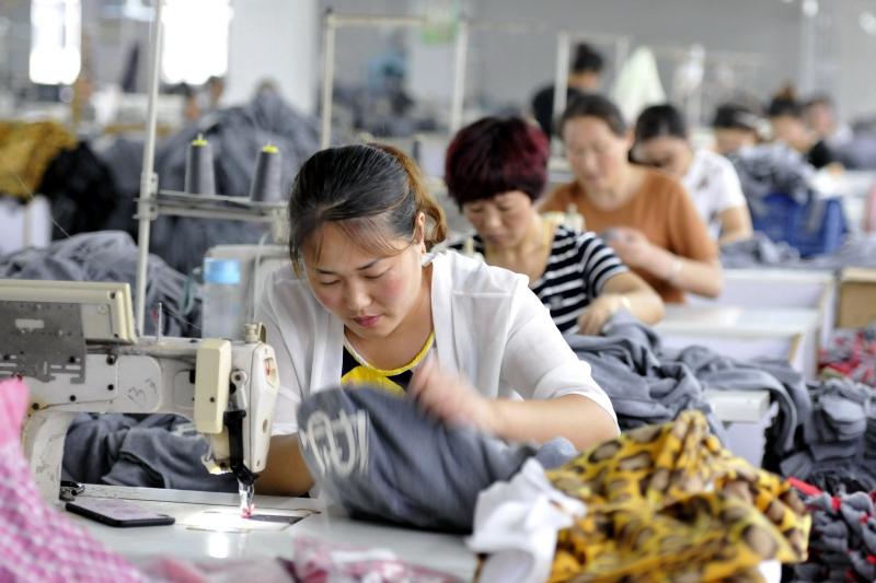 Empresas chinesas serão encorajadas a aplicar recursos fora do país