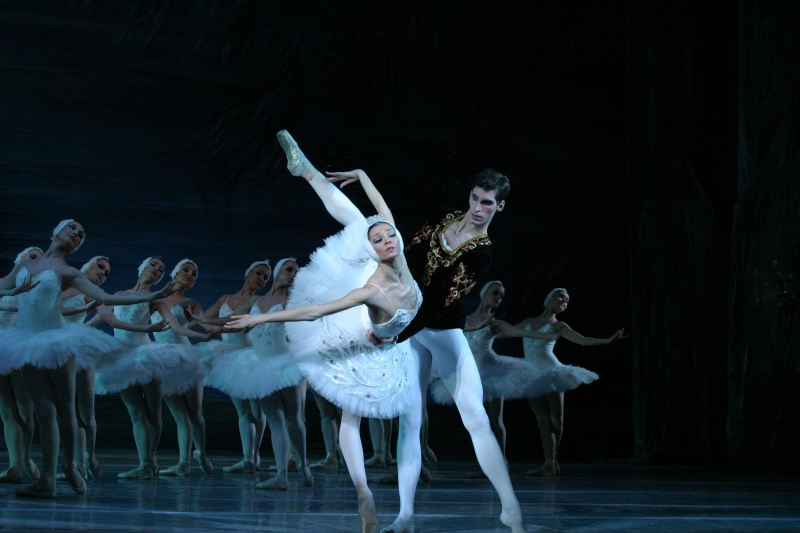 Kiev Ballet se apresenta domingo no Teatro do Sesi