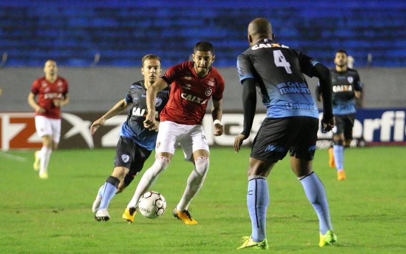 Equipe de Clemer não consegue superar o Londrina e é derrotado no Estádio do Café