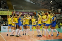 Com reservas, seleção feminina arrasa Chile e segue 100% no Sul-Americano