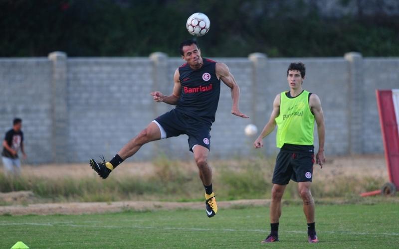Leandro Damião segue na titularidade com Guto Ferreira