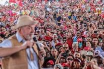 'Não dá para votar num cidadão sem saber se ele é raposa ou não', diz Lula